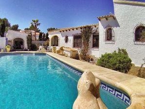 Ferienhaus 6 Personen Villa mit privatem Pool