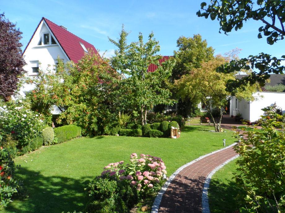 Ferienwohnung und Garten