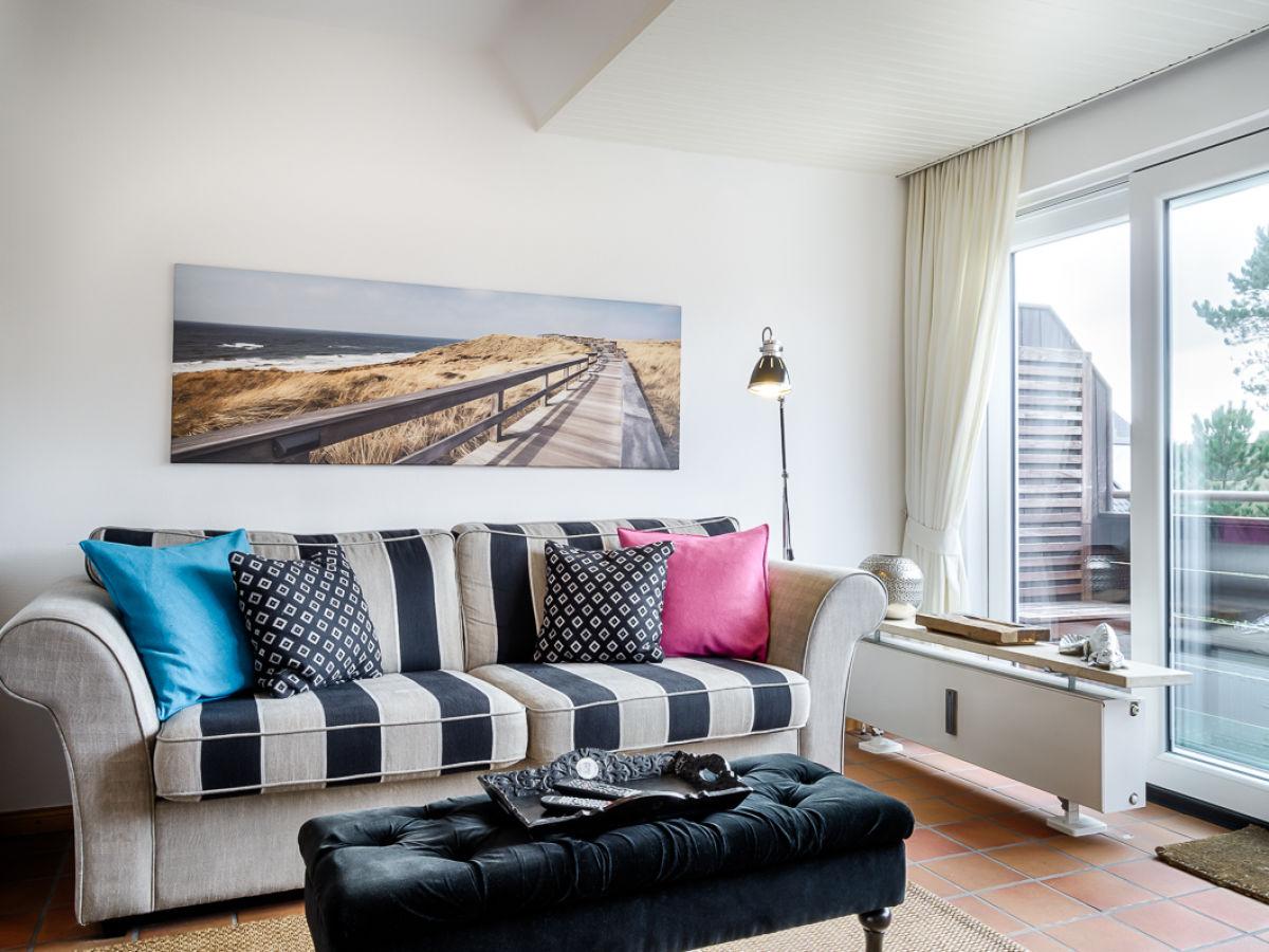 ferienwohnung maritime 3 zi fewo mit sonnigem s dbalkon wenningstedt firma mrm gmbh. Black Bedroom Furniture Sets. Home Design Ideas