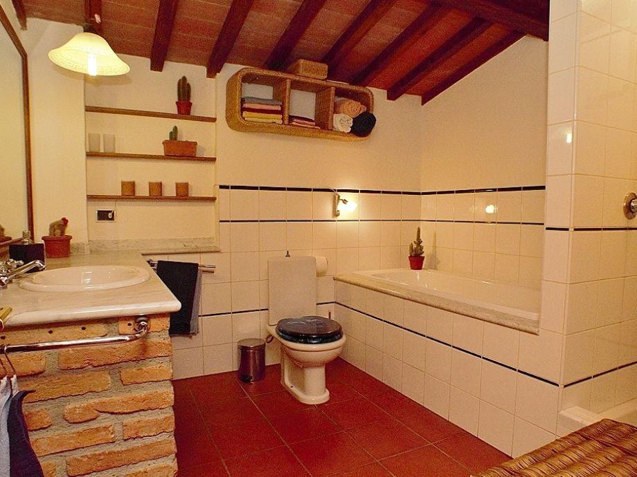 Badewanne Mit Dusche Preis : Ferienhaus in der Toskana Molino della ...