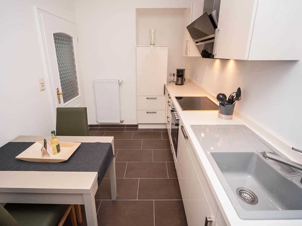 ferienwohnung villa mosella ii deutschland rheinland pfalz mosel mittelmosel firma villa. Black Bedroom Furniture Sets. Home Design Ideas