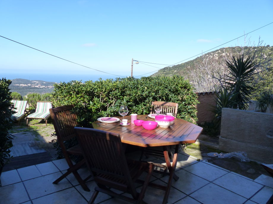 Blick auf Ile Rousse von der Terrasse
