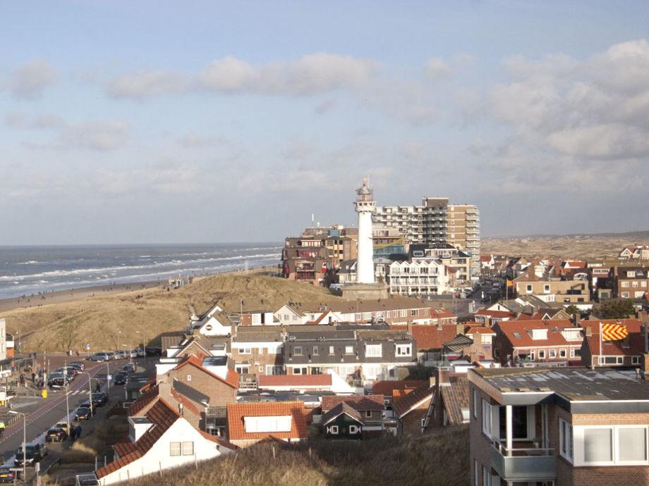 Sehr tolles Aussicht über das Ort mit seinem Leuchtturm