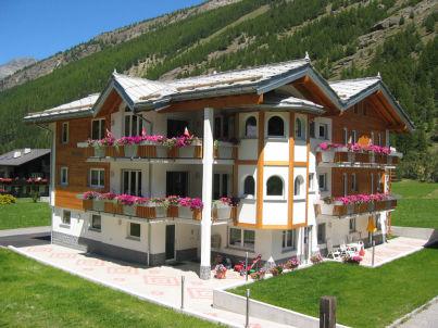 Älpi im Haus Alpenstern