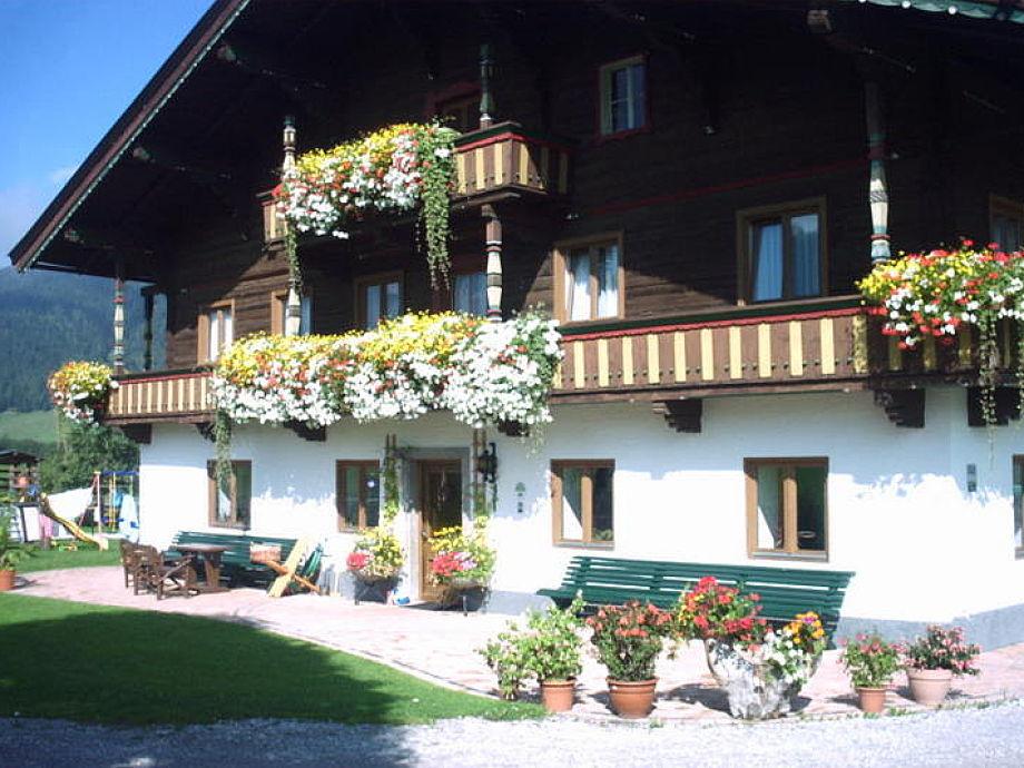 Der Mussbachhof im Sommer