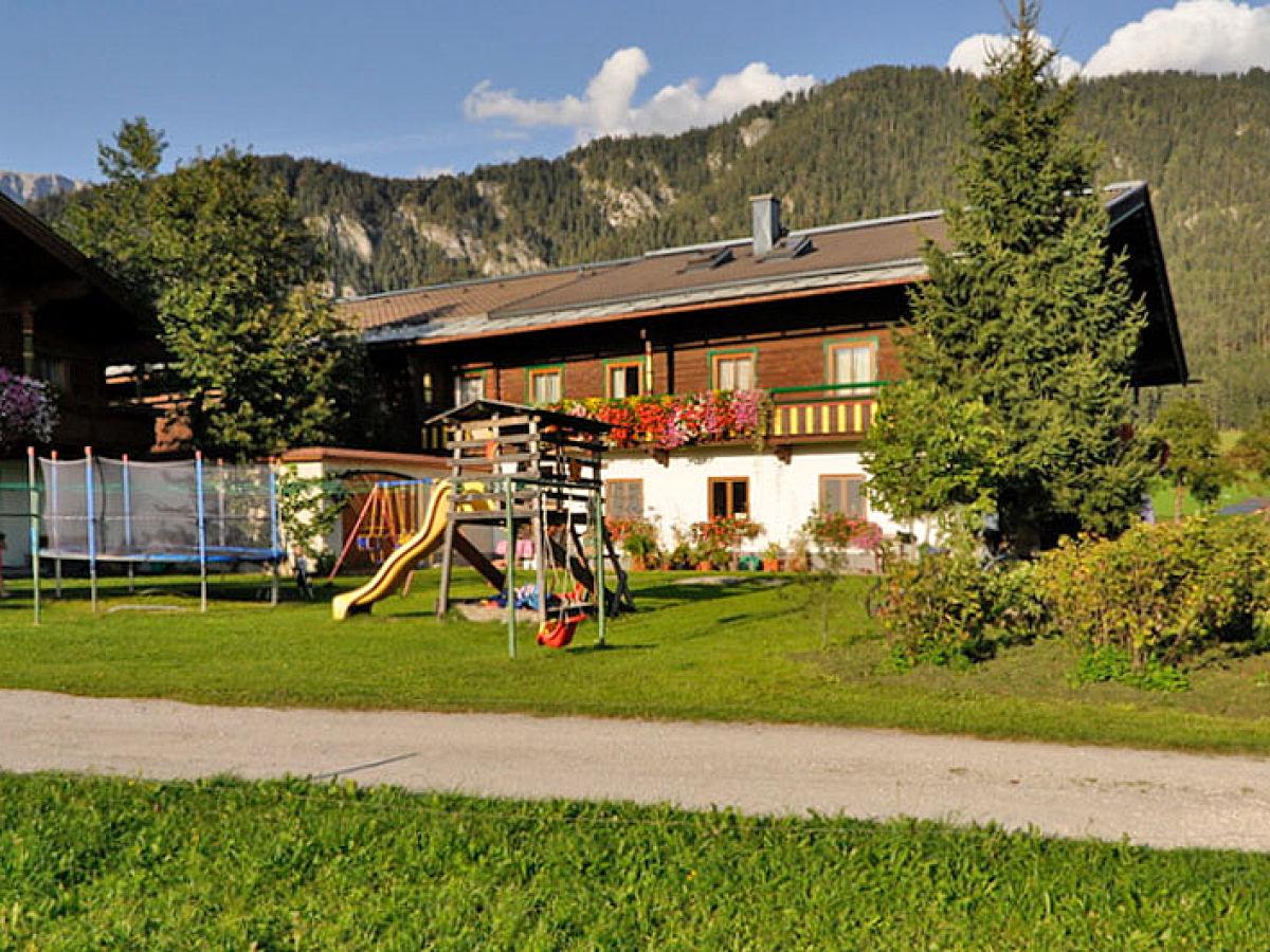 Bauernhof mussbachhof in saalfelden saalfelden leogang - Bauernhof garten ...