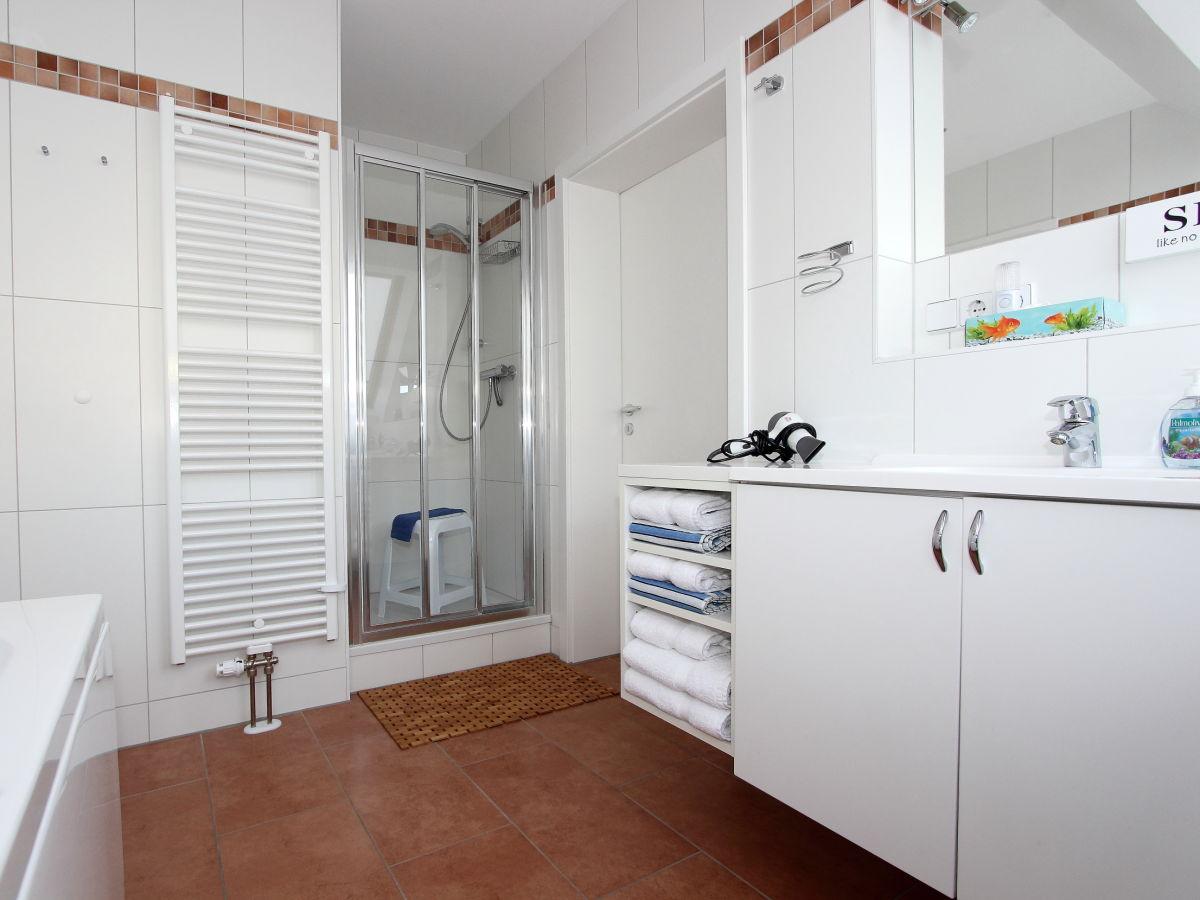 ferienwohnung 4 komfort penthouse schleswig holstein. Black Bedroom Furniture Sets. Home Design Ideas