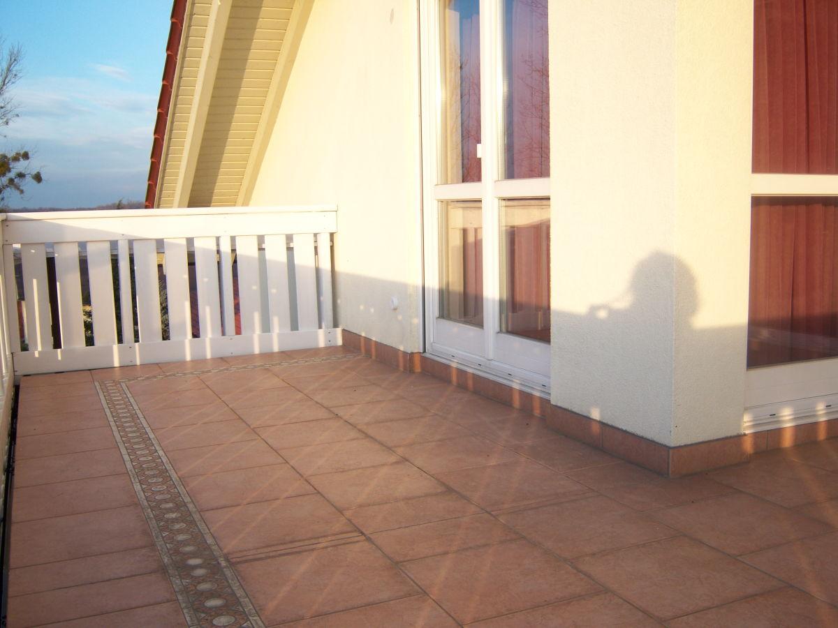 ferienwohnung honeymoon suite auf dem reiterhof gest t kaiserhof baden w rttemberg schwarzwald. Black Bedroom Furniture Sets. Home Design Ideas