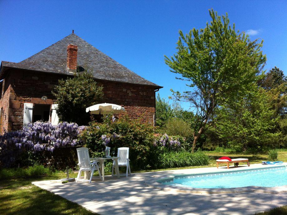 Landhaus mit Terrasse und Pool