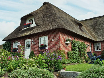 """Holiday house """"The second home"""" ... thatched"""