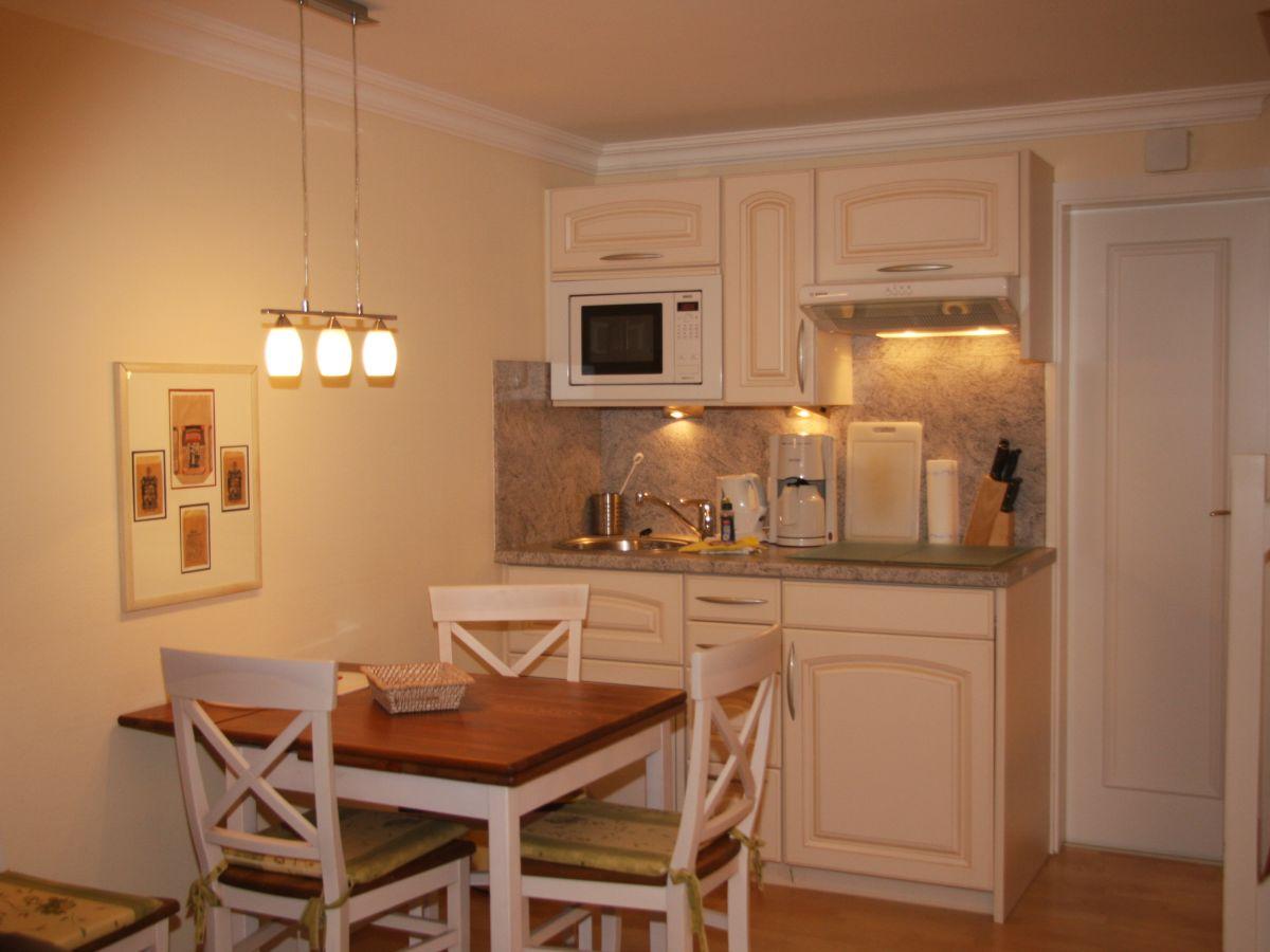ferienwohnung westerh rn 22 sylt firma sylter appartement frau jutta freddrich. Black Bedroom Furniture Sets. Home Design Ideas