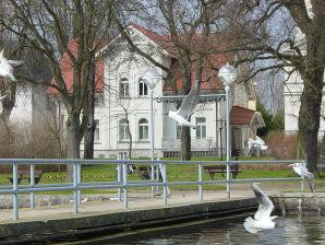 """Ferienwohnung """"Herrensee"""" an der Kietzbrücke"""