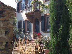 Ferienwohnung Altes Pfarrhaus Bobenheim am Berg