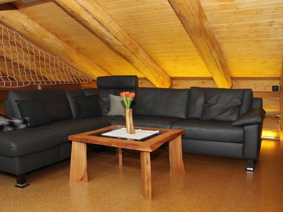 ferienhaus canadian luxury chalet hunsr ck leisel frau. Black Bedroom Furniture Sets. Home Design Ideas