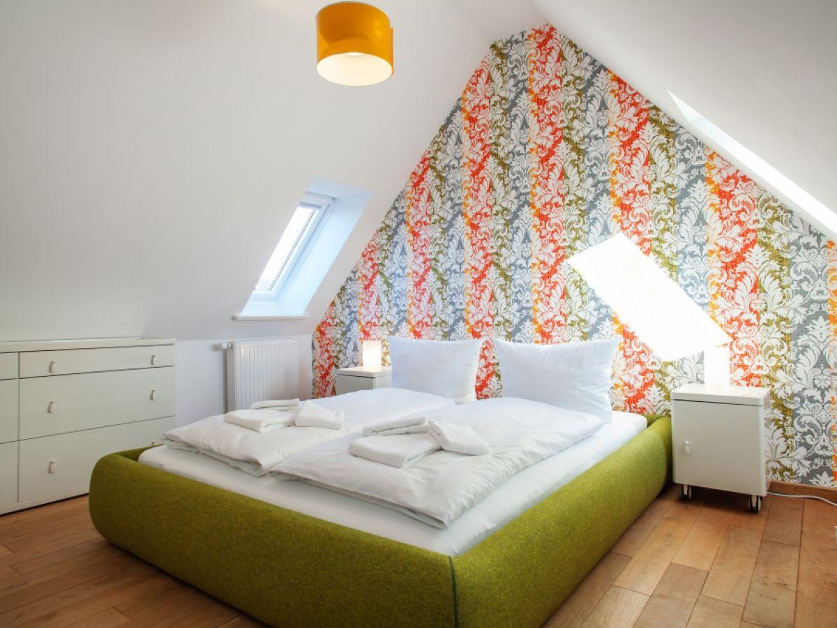 funvit | wohnzimmer gemütlich grau weiß braun, Schlafzimmer entwurf