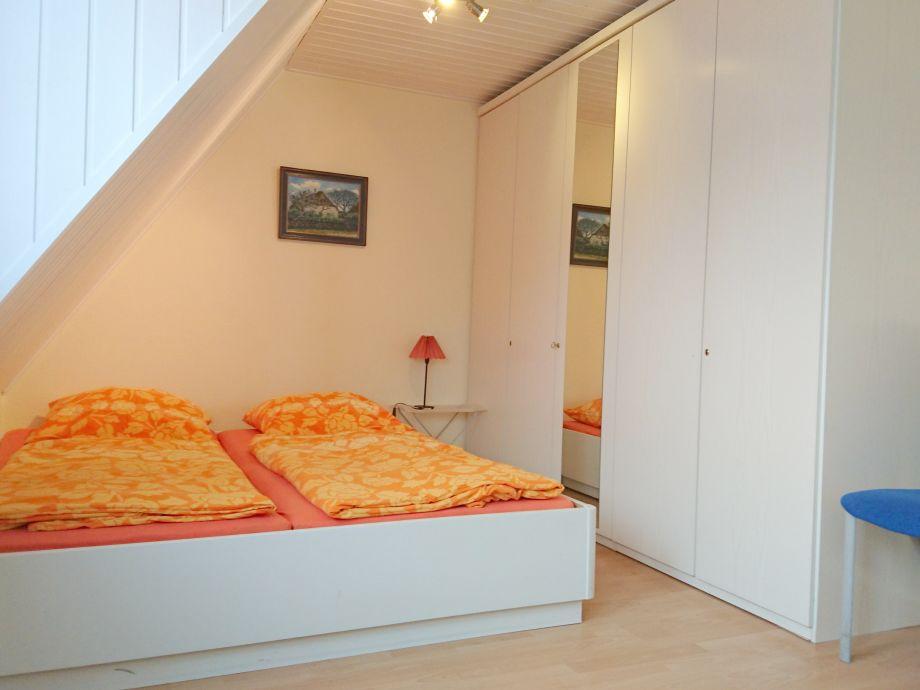 ferienwohnung obergeschoss westerland sylt firma dipl kfm h haidorfer gmbh frau marion. Black Bedroom Furniture Sets. Home Design Ideas