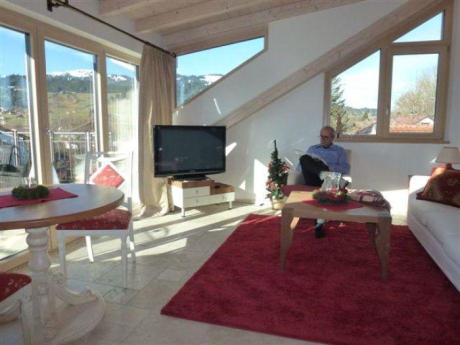 Wohnzimmer mit Bergsicht