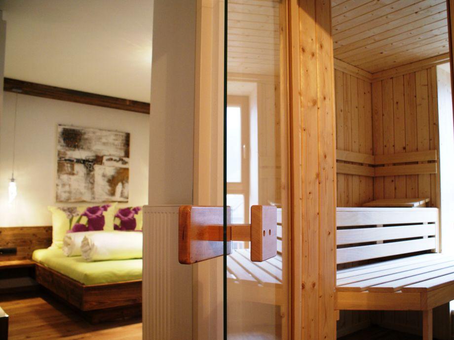 Schlafzimmer und Sauna