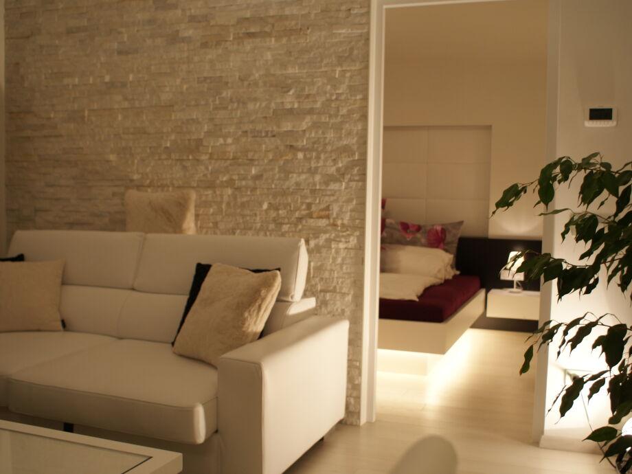 wohnzimmer grau sand