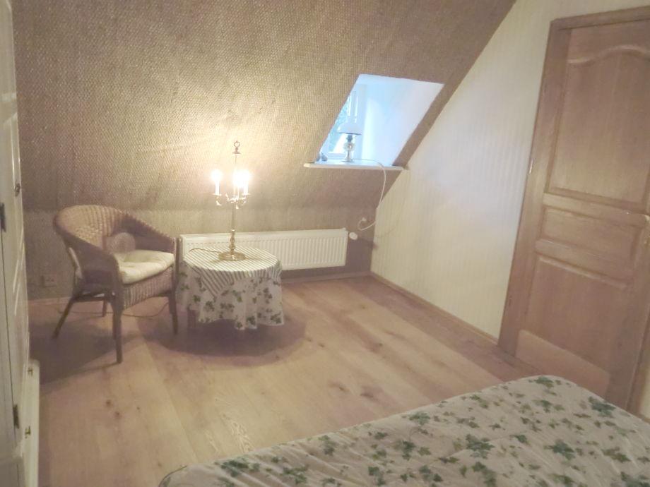 Landhaus reetdachhaus to hus nordfriesland frau for Schlafzimmer dachgeschoss