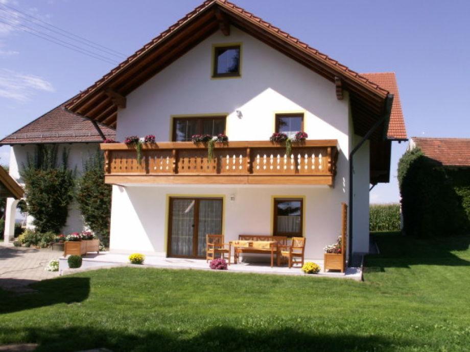 Außenaufnahme Landhaus Rottalblick