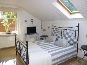 """Bed & Breakfast """"Landhaus-Traum"""""""