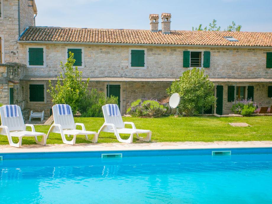 Der Haus mit Pool