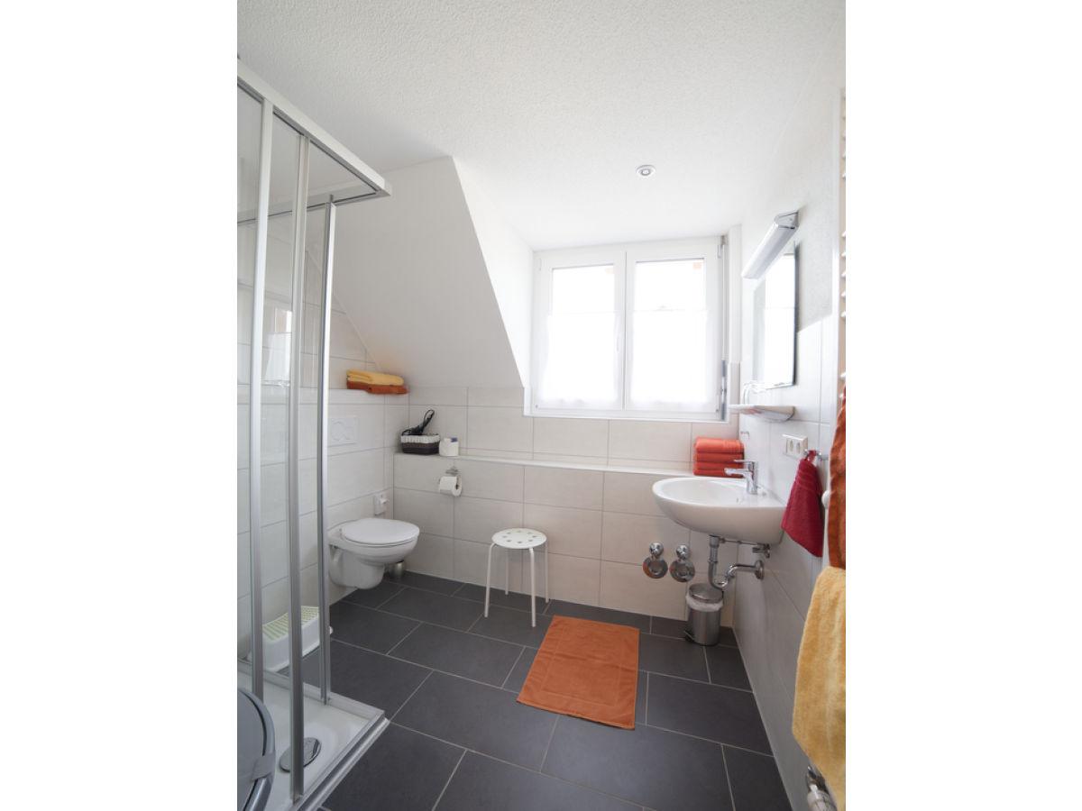 ferienwohnung 2 im haus sandra schwarzwald region freiburg familie sandra andreas. Black Bedroom Furniture Sets. Home Design Ideas