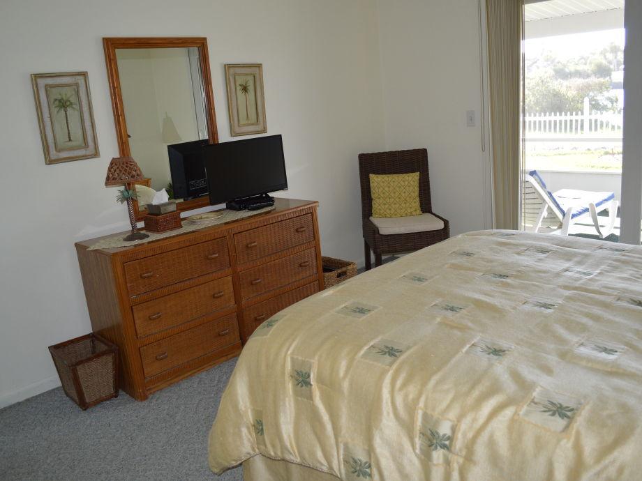 schlafzimmer queen. Black Bedroom Furniture Sets. Home Design Ideas