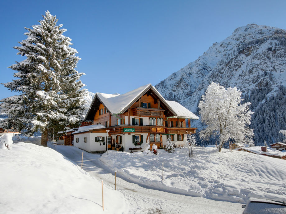 Winterbild Bödmerhof