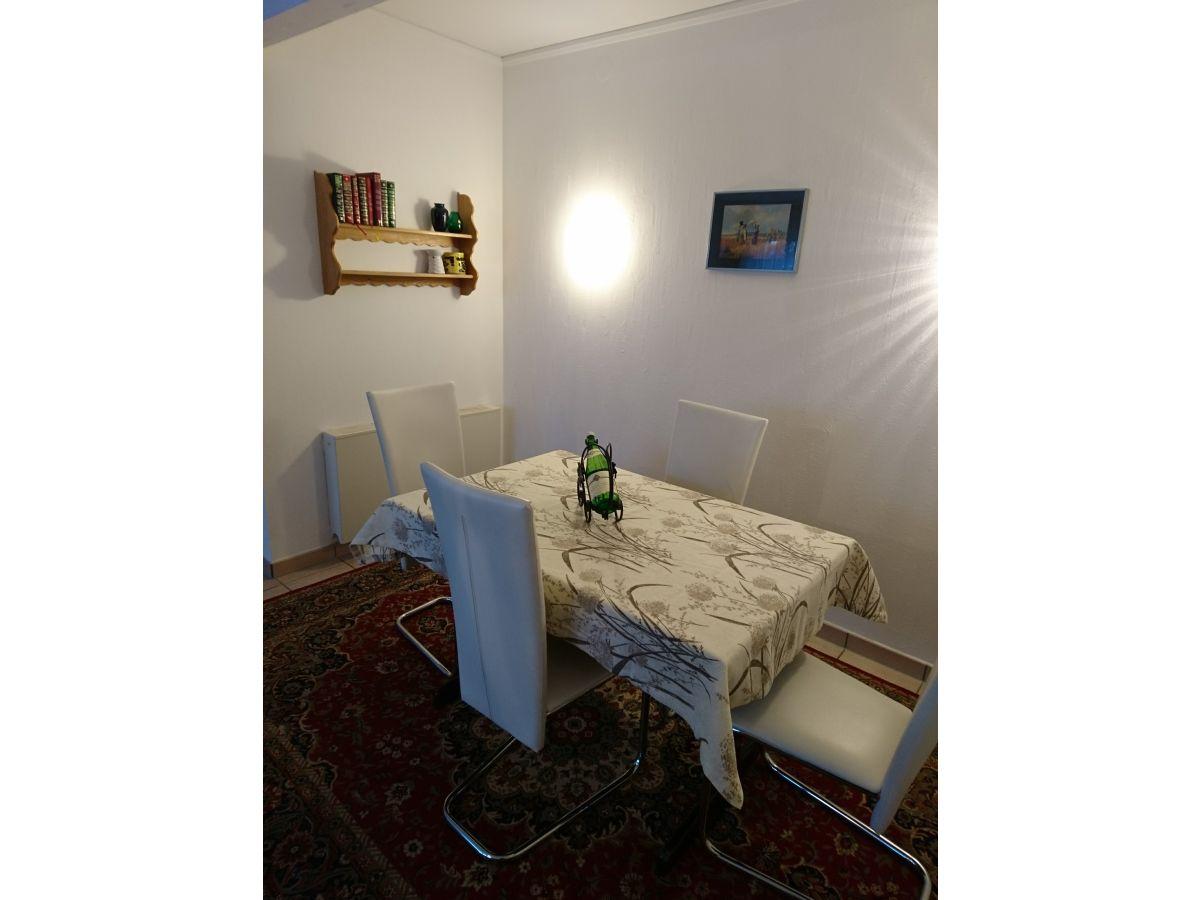 ferienhaus neunmorgen romantisches franken herr thomas. Black Bedroom Furniture Sets. Home Design Ideas