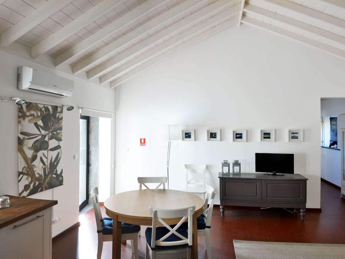 ferienhaus casa azul azoren pico sao caetano firma check in individuelle flugreisen gmbh. Black Bedroom Furniture Sets. Home Design Ideas