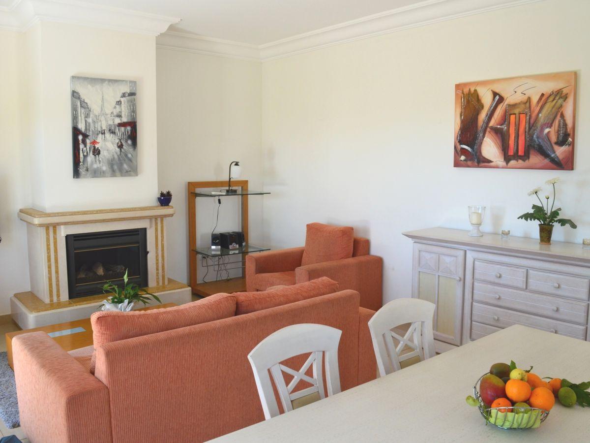 Villa grande lagos firma check in individuelle flugreisen gmbh frau blanka sauer - Wohnzimmer mit kamin ...