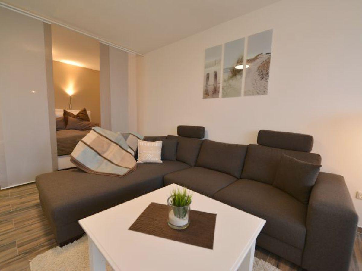 Ferienwohnung strandhochhaus sc10 cuxhaven sahlenburg for Wohnzimmer eingerichtet