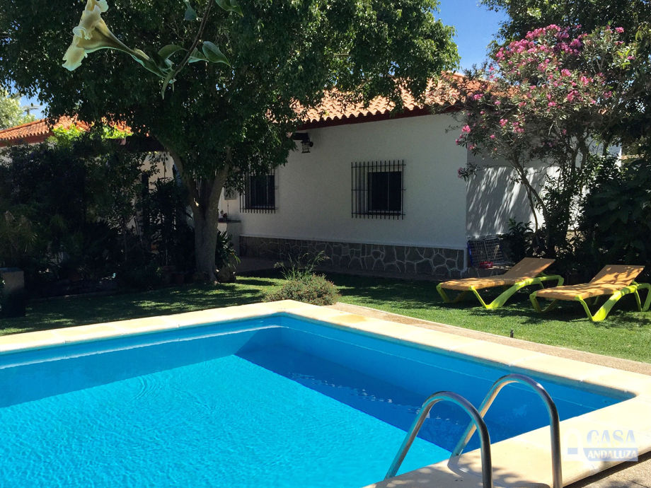 "Ferienhaus ""Campo de Dani"": Swimming Pool und Garten"