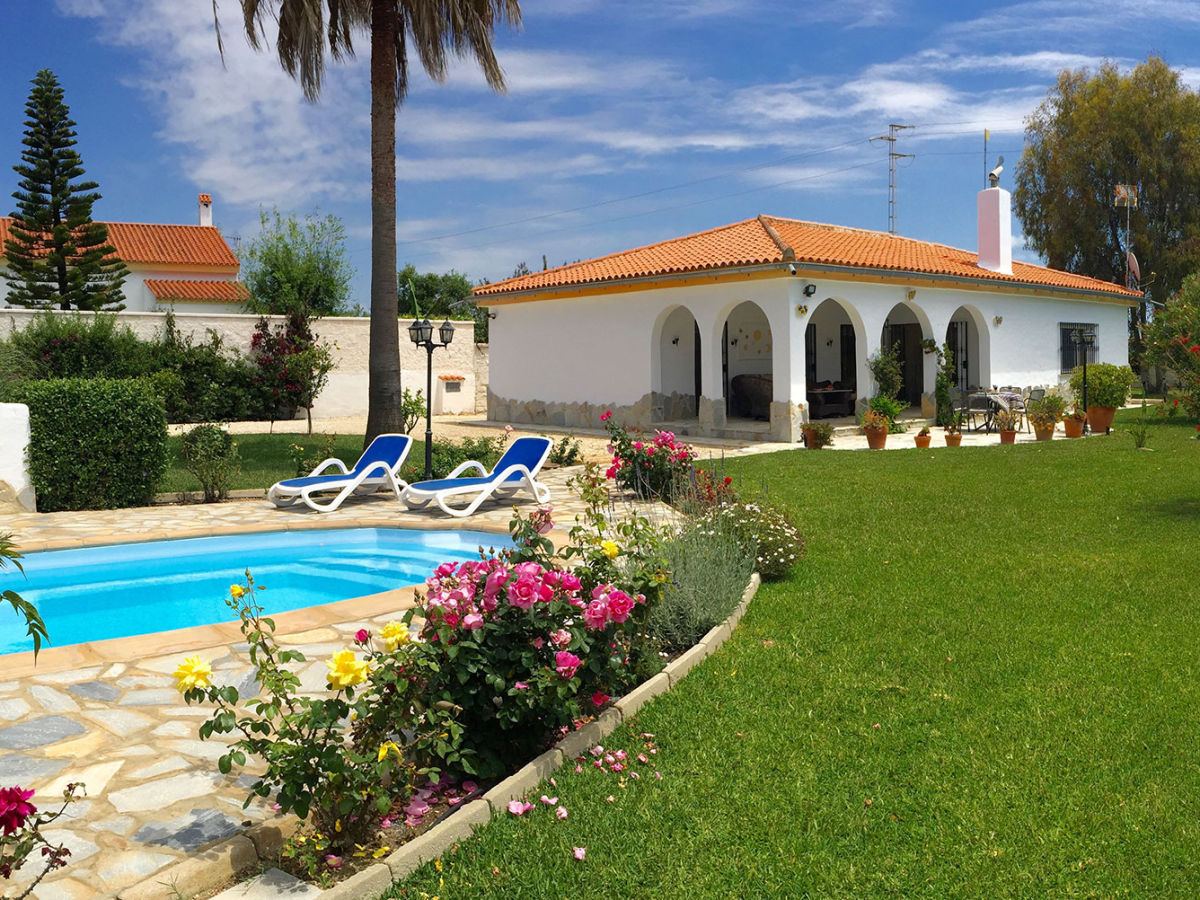 Villa Nicole, Conil de la Frontera - Firma Consulting y Marketing de ...