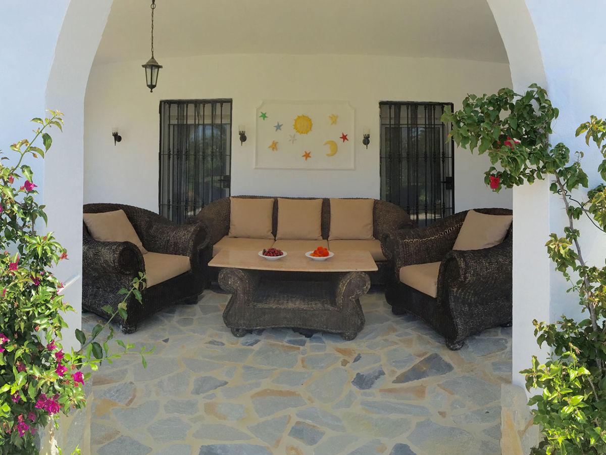 villa nicole conil de la frontera firma consulting y marketing de la janda s l u herr jan. Black Bedroom Furniture Sets. Home Design Ideas