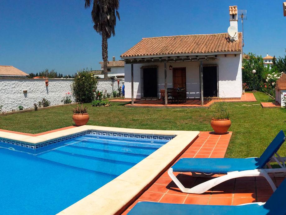 Holiday villa with pool, La Gitanilla