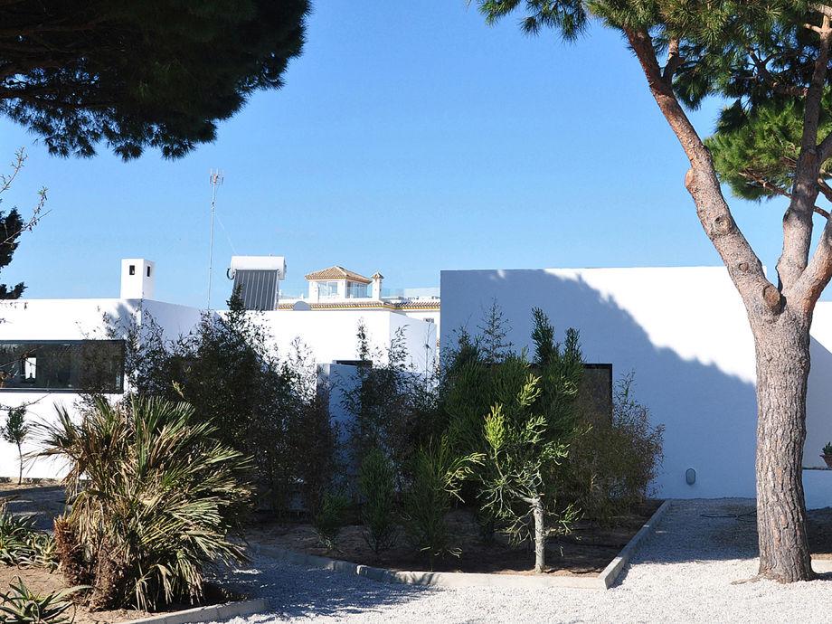 Modernes Architektenhaus mit schönem Patio in Zahora