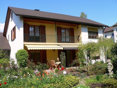 Marlys Schmidt - Haus Dhayana