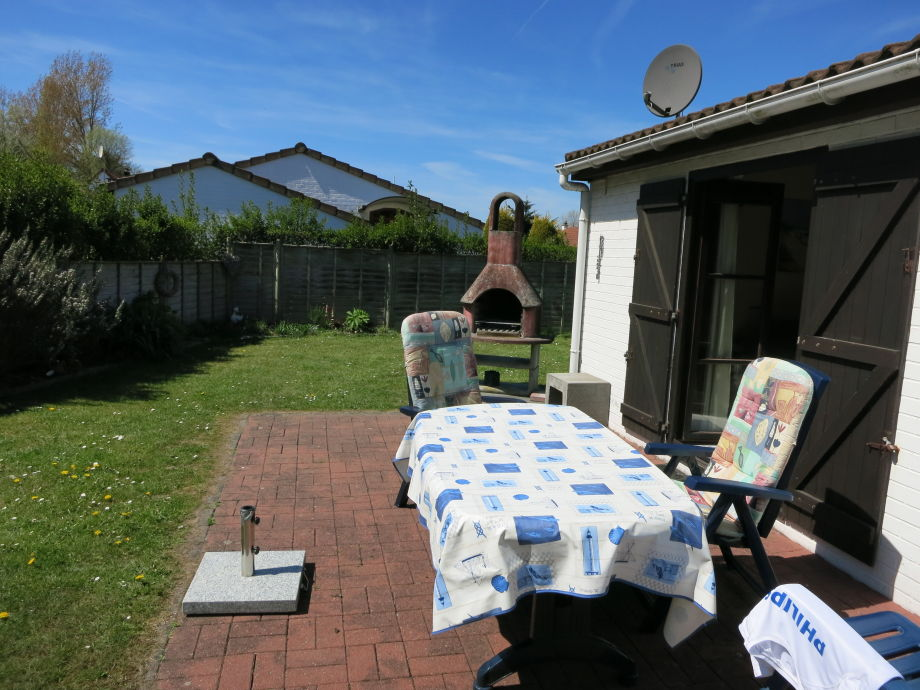 Terrasse, Garten und Grill