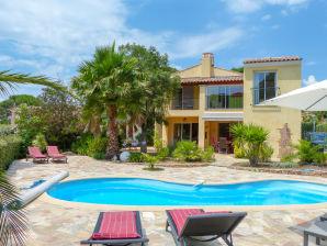 Südfranzösische Villa mit beheizbarem Pool in Les Issambres