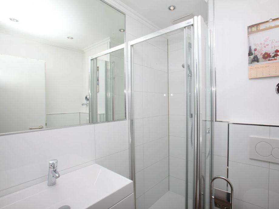ferienwohnung strandhotel 46 ostsee timmendorfer strand firma marlene r nnfeld gmbh frau. Black Bedroom Furniture Sets. Home Design Ideas