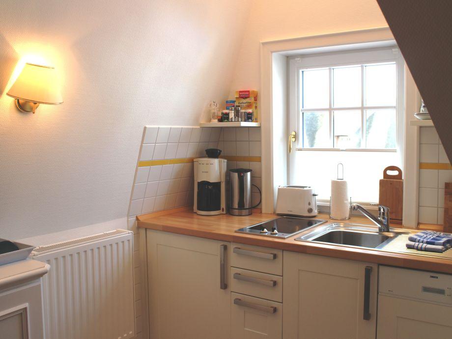 ferienwohnung wohnung 1 nordsee sylt herr berthold l nne. Black Bedroom Furniture Sets. Home Design Ideas