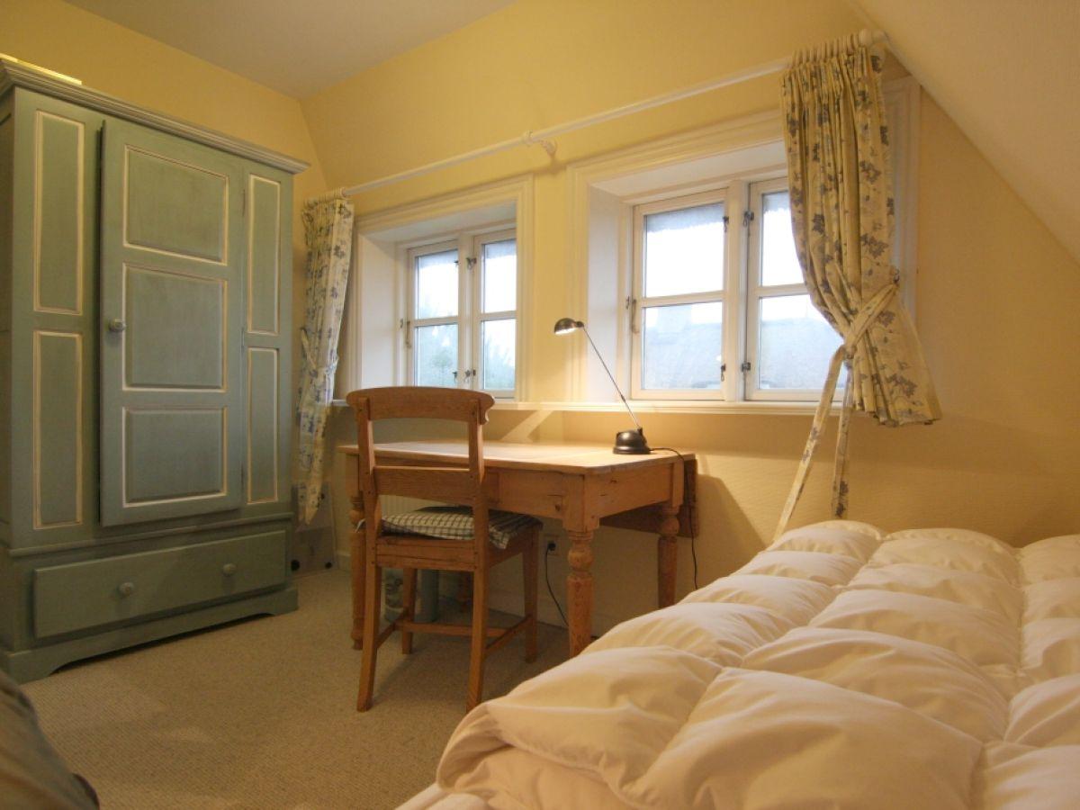ferienhaus heidekamp k nig sylt hhk 3a sylt firma k nig appartment sylt gmbh frau inken. Black Bedroom Furniture Sets. Home Design Ideas