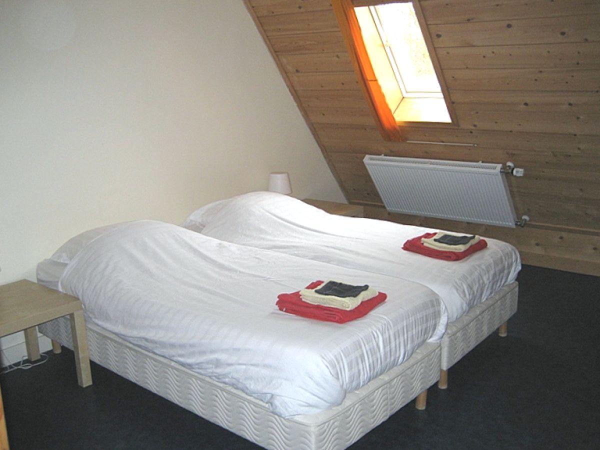 Ferienhaus f r gruppen in gaasterland ijsselmeer for Herrlich moderne schlafzimmer