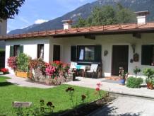 """Bed & Breakfast """"Haack in Garmisch"""""""