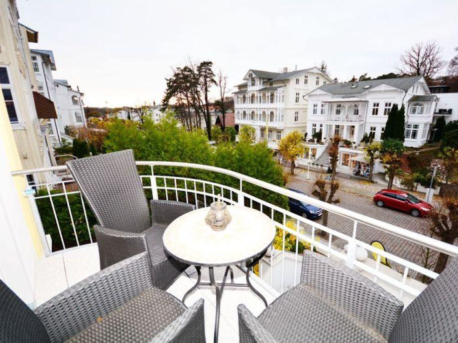 komfort ferienwohnung rosa wg 6 mecklenburg vorpommern ostsee r gen sellin firma meer. Black Bedroom Furniture Sets. Home Design Ideas
