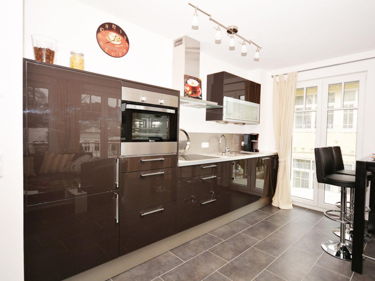 komfort ferienwohnung rosa wg 12 firma meer. Black Bedroom Furniture Sets. Home Design Ideas