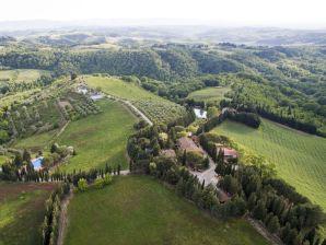 Landgut Il Poggio - 3-Zi.-Ferienwohnung mit Pool
